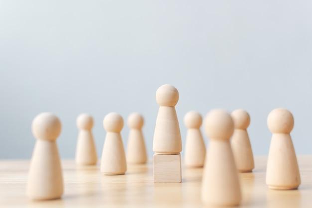 Recursos humanos, gestión del talento, empleado de reclutamiento, concepto exitoso de líder de equipo de negocios