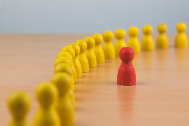 Recursos humanos, gestión del talento, reclutamiento de empleados, concepto exitoso de líder de equipo de negocios