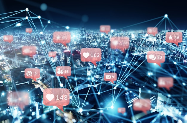 Red de internet de una ciudad con icono de red social, corazón, mensajes, correos electrónicos