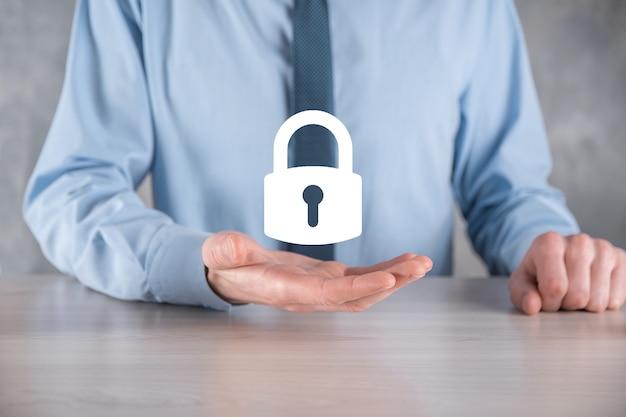 Red de seguridad cibernética. icono de candado y redes de tecnología de internet.