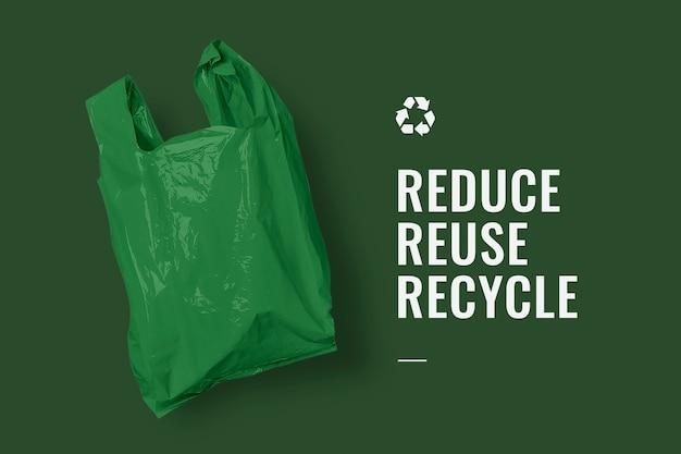 Reducir la reutilización del banner de la campaña de reciclaje con una bolsa de plástico verde