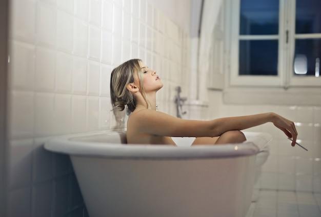 Relajarse en un baño