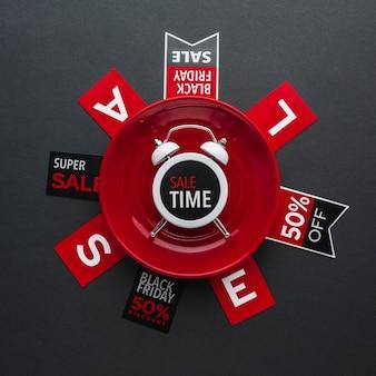 Reloj de alarma de hora de venta de viernes negro en plano
