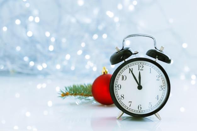 Reloj con navidad para cambio de horario en invierno