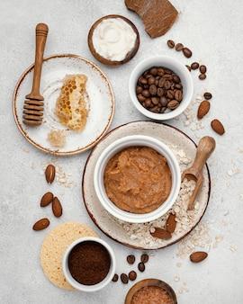 Remedio casero con granos de café.