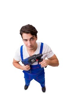 Reparador divertido con el taladro aislado en blanco