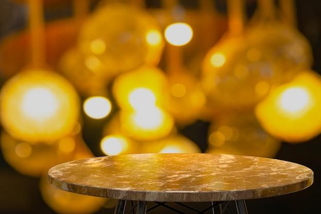 Representación 3d, mesa de mármol vacía para mostrar productos frente al restaurante, bar nocturno o club nocturno, desenfoque de fondo abstracto, espacio vacío