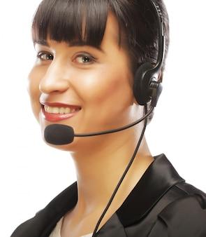 Representante de servicio al cliente sonriendo