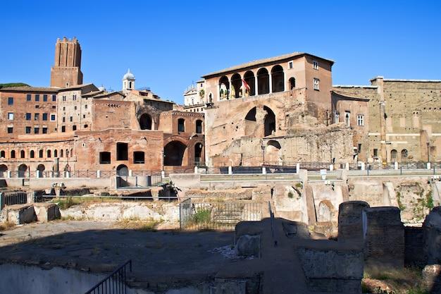 Restos de edificios del forum romanum