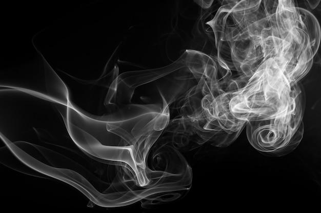 Resumen de humo blanco sobre negro, diseño de fuego