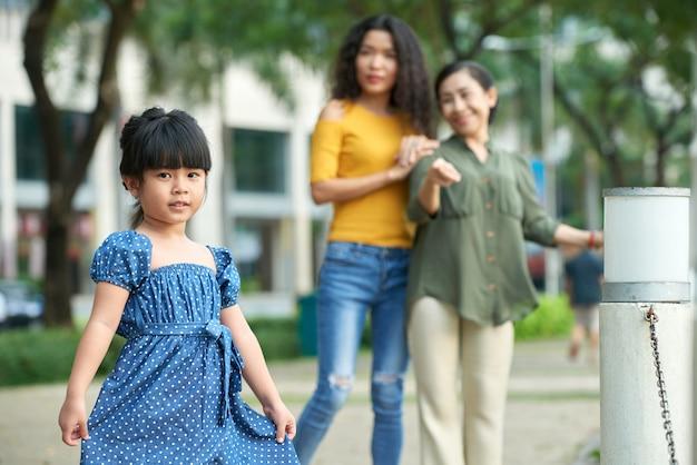 Retrato, de, adorable, niña asiática