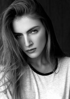 Retrato de la bella modelo