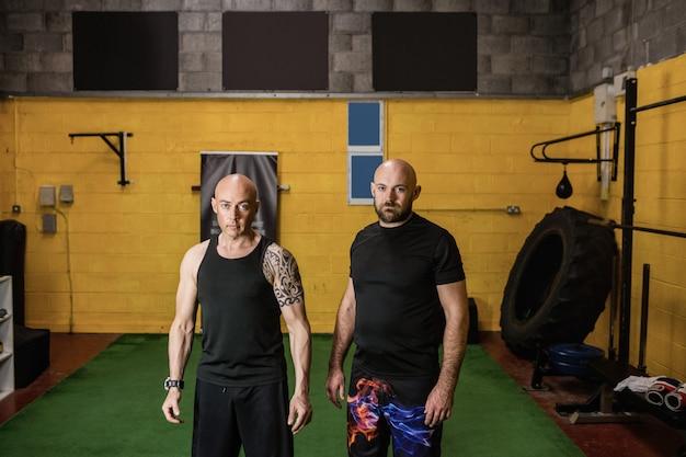 Retrato de boxeadores tailandeses seguros