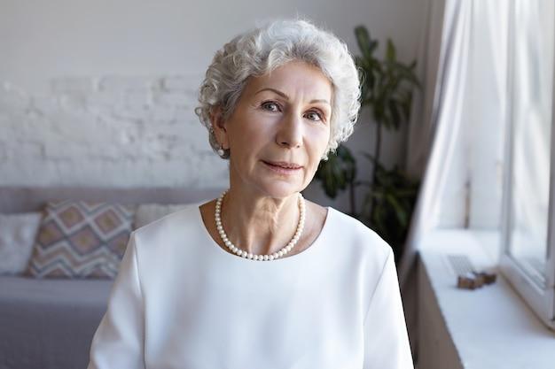 Un retrato de la empresaria senior