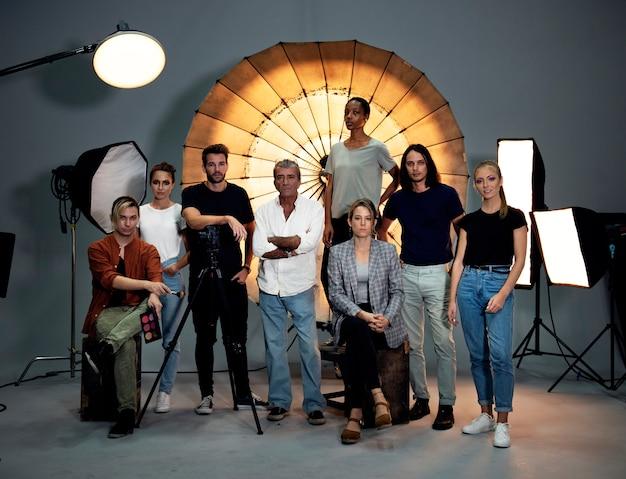 Retrato de un equipo de producción de disparos.