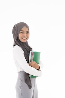 Retrato de estudiante musulmana