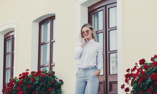 Retrato de una exitosa mujer de negocios