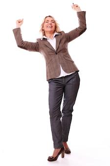 Retrato de feliz empresaria envejecida