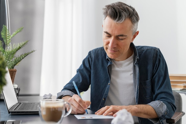 Retrato, hombre, escritura, carta