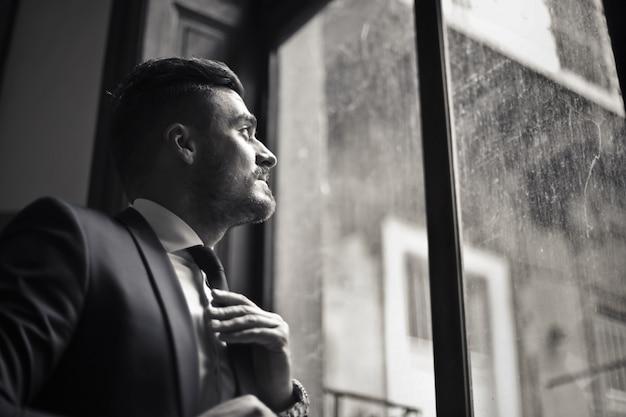 Retrato de hombre guapo