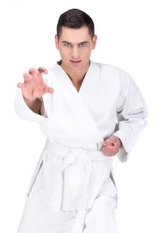 Retrato de un maestro de artes marciales.