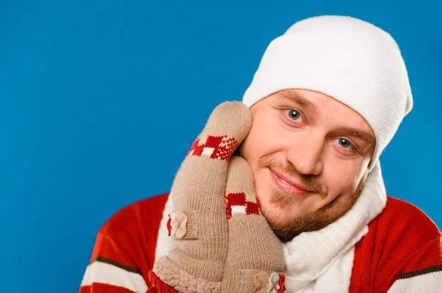 Retrato de modelo de moda de invierno