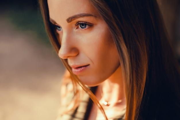 Retrato de mujer de belleza