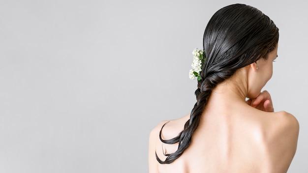 Retrato mujer con cabeza limpia
