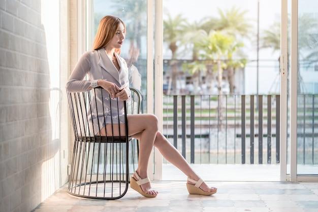 Retrato de mujer de negocios asiáticos