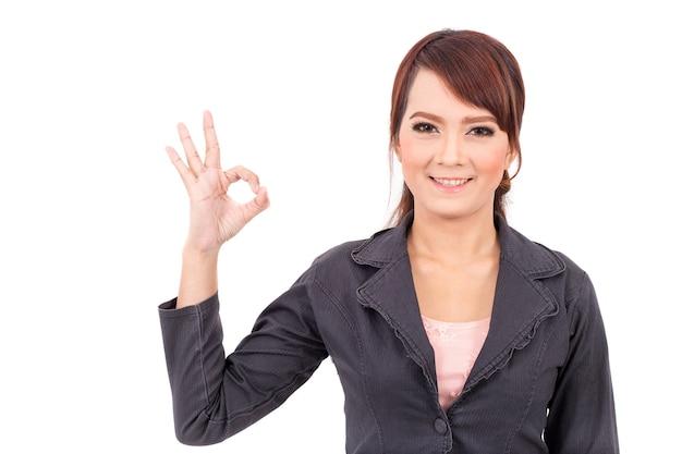 Retrato de una mujer de negocios segura atractiva joven, éxito, sí, está bien, bingo