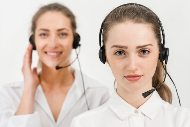 Retrato de mujeres de call center
