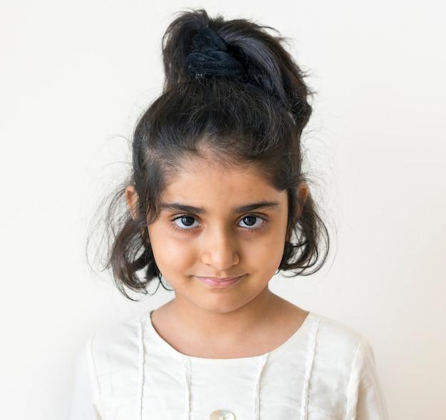 Retrato de una niña musulmana