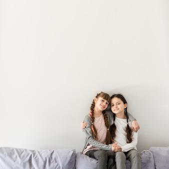 Retrato de niñas felices