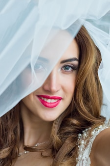 Retrato de novia hermosa