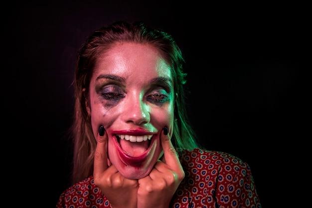 Retrato de un personaje de terror de payaso maquillaje
