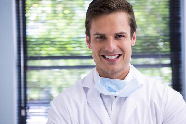 Retrato, de, sonriente, doctor
