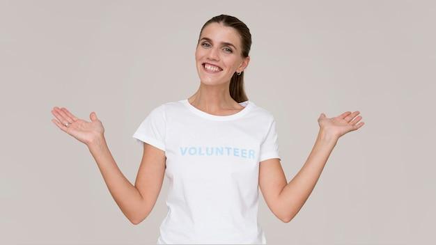 Retrato de voluntario humanitario