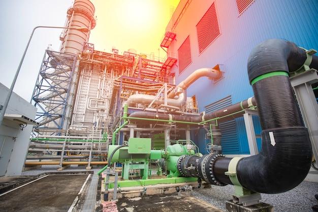 El revestimiento de agua de equipos, cables y tuberías es un aislamiento que se encuentra dentro de la planta de energía industrial