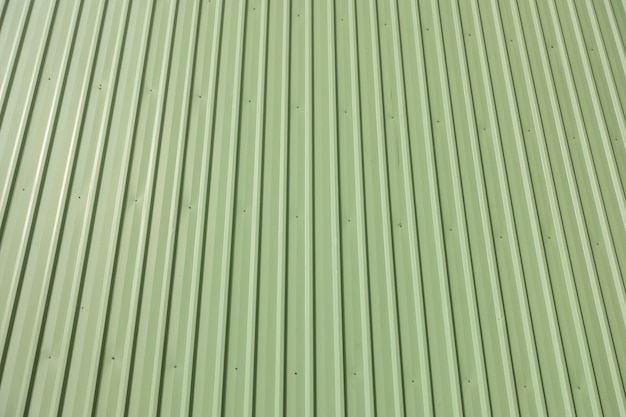 Revestimiento de chapa verde del edificio