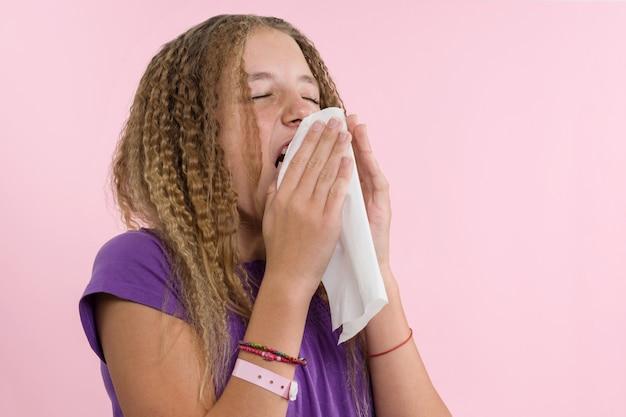 Rinitis alérgica en unas vacaciones de verano.