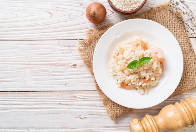 Risotto italiano con camarones