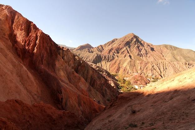 Rocas purmamarca en la provincia de jujuy en argentina