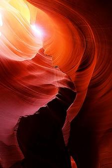 Rocas rojas en antelope canyon, arizona, ee.