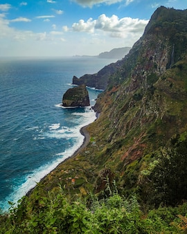 Rocha do navio rock, um santana isla de madeira