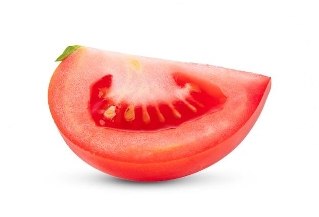 Rodaja de tomate en blanco