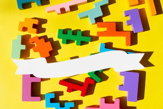 Rompecabezas, día mundial de concienciación sobre el autismo