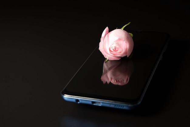 Rose en el telefono