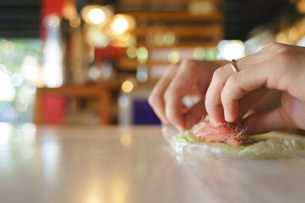 Roti sai mai plegable a mano o algodón de azúcar