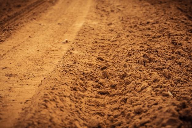 Rueda de pista en la arena filtrada