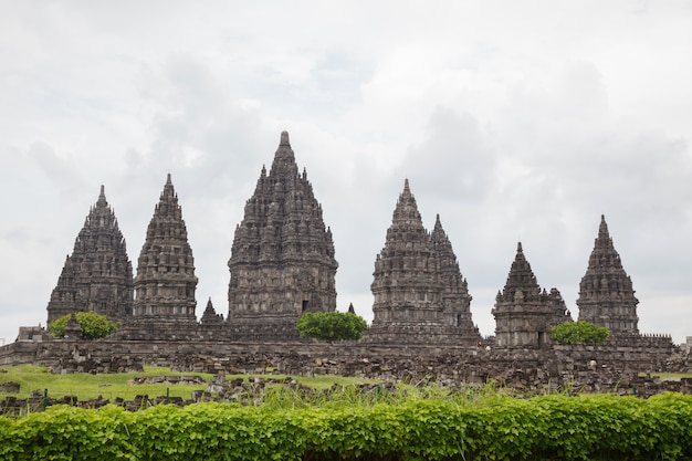 Ruina del templo de prambanan, yogyakarta, java, indonesia